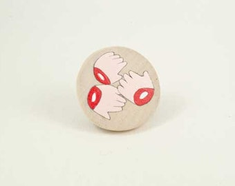 Cutted hands hand painted wooden brooch 2
