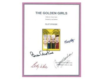 The Golden Girls TV Signed Script Autographed Betty White, Bea Arthur, Rue McClanahan, Estelle Getty