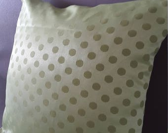 Lime green satin Cushion cover with polka dots. 40 x 40 cm
