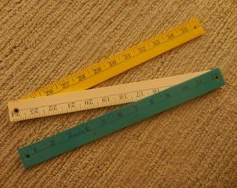 Tri Colored Plastic Expandable Ruler
