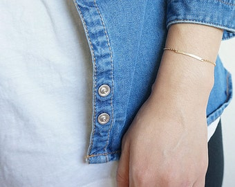 Hammrered Gold Filled Skinny Bar Bracelet, Minimalist, Gold Layering Bracelet, Narrow Bar Bracelet, Mini Gold Bar Bracelet