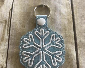 Snowflake Keychain, Winter keychain, Christmas key fob, Embroidered keychain, Stocking stuffer, Gift for her, Winter gifts, Purse charm