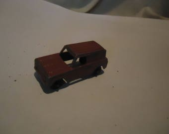 Vintage Tootsietoy Toy Red Panel Truck, collectable