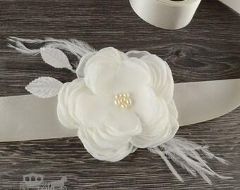 Ivory Flower Sash - Bridal Belt - Bridesmaid Sash - Fabric Flower Sash - Ivory Flower Accessory - Bridal Sash - Beaded Sash - Flower Belt