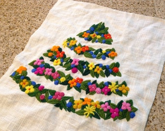 Christmas tree shape flower Crewel embroidery  picture 1970s