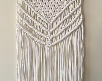 Handmade Macrame Wall Hanging//Cotton Jersey//Boho//Eclectic//Gypsy//Wall Art//Home Decor