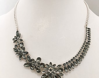 Gray Beads Flowers Silver Chain Necklace / Silver Chain with Gray Flowers Bib Necklace.