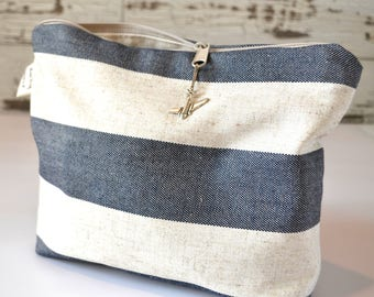 Cotton canvas clutch or Make up bag, STRIPE Linen in Navy Blue -  bridesmaid gifts by Darby Mack, made in the USA