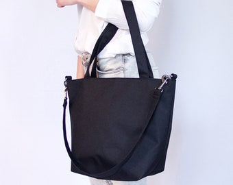 Simple Minimalist Style Tote Bag/ Vegan Friendly Waterproof Tote/ Urban Minimalist Style Fashion Tote/ Versatile Black Bag