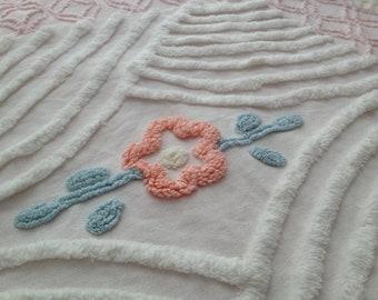 "Peach Needletuft Flower on Fluffy White Vintage Chenille...15 x 22"""