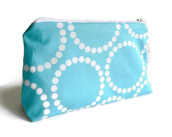 Make up bag Makeup bag Mother's Day gift Gifts for her Gift for Mom Small toiletry bag Bridesmaid gift Gifts for sisters Coworker gifts