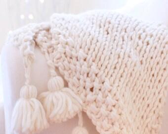 Chunky Wool Bundle for Lynne's Gorgeous Tassles
