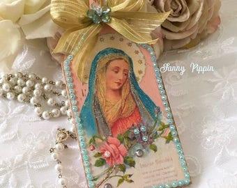 Shabby Virgin Mary Shrine, Ornament, Virgin Mary icon, Italian virgin Mary, shabby cottage chic, Pocket Altar, Fanny Pippin