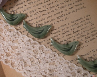 4 - Bird Charms, OLIVE GREEN Porcelain, Small Bird, Vintage Jewelry Supplies (P027)