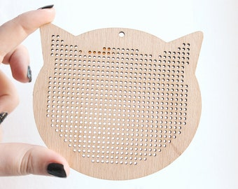 Cross stitch pendant blank Cats head  - cat blank Wood Needlecraft Pendant, Necklace or Earrings - K3-100 mm