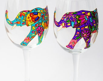 Engagement Gift for Couple Personalized  Wine Glasses Hand Painted Elephant Wine Glass for Bridesmaid, Mr and Mrs Gift