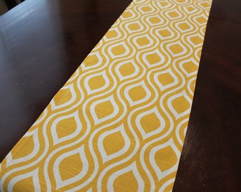 "Table runners Premier Prints yellow and white 72"" x 12"""