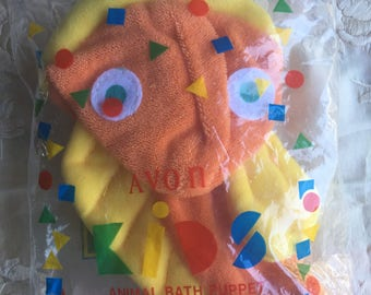 SALE!NOS Vintage Avon Fish and Frog Bath Puppets, Set of Two
