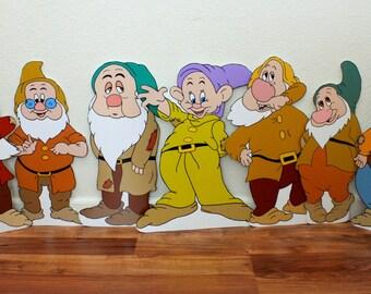 Hobbits - Dwarfs - Gnomes - Dwarf party - Happy Dwarf - Dwarf decor - Dwarf decor