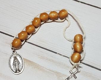 Sacrifice Beads Polished Honey Wood Bead, St Therese of Lisieux Good Deed Beads Rosary Decade Catholic Wedding Gift Bridesmaid Prayer Beads