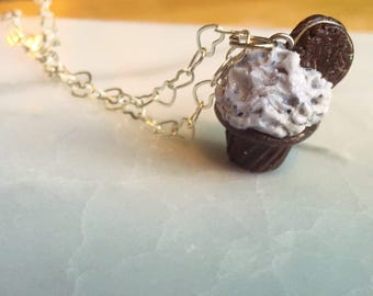 Polymer Clay Charm -- Oreo Cookie  Necklace -- Mini Dessert Chain -- Best Friend Necklaces -- sandwich cookie