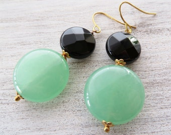 Green jade earrings, black onyx earrings, gemstone jewelry, dangle earrings, coin earrings, stone earrings, italian jewelry, modern jewelry