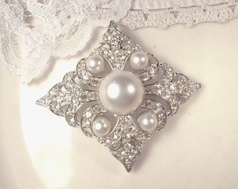 1920s Vintage Wedding Hair Comb OR Dress Sash Brooch, White Ivory Pearl Rhinestone Bridal Hairpiece, Art Deco Old Hollywood Silver HeadPiece