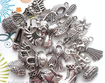 24 8-35 mm beauty mixed charms: dress, shoe, boot, perfume, clothing... etc in metal silver