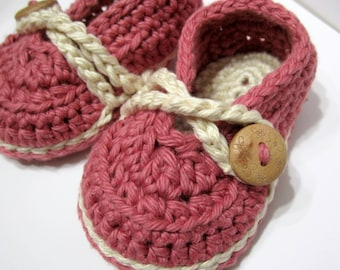 Crochet Baby Booties, Pima Cotton Mary Jane Twists // Many colors and sizes to choose from // Baby shower gift, Pregnancy Reveal