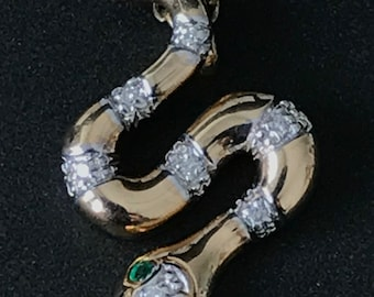 10% OFF - Vintage diamond and emerald snake pendant on chain