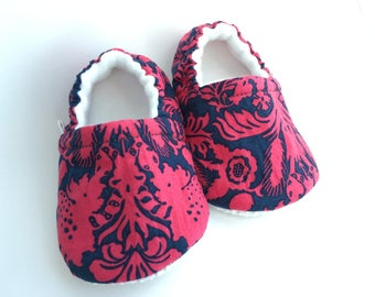 Pink Baby Booties, Baby Shoes, Baby Slippers, Baby Booties, Baby Moccs, Soft Sole, Baby Gift, Baby Booty