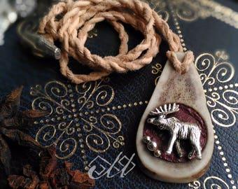 Sarvva | Pendentif en ramure de renne et cuir de saumon | Inspiration bijoux scandinaves et finno-ougriens | Tenntråd