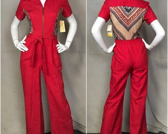 70s Red Jumpsuit Overalls Wide Leg Teena Paige Size 4 Small Zip Front Short Sleeve Ethnic Print