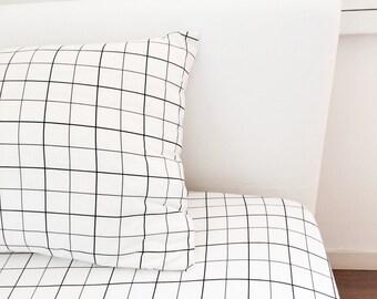 Grid Pillow Cover, Black White Pillowcase, Geometric Pillow, Nursery Pillow Cover, Grid, Toddler Bedding, Kids Bedding, Home Decor