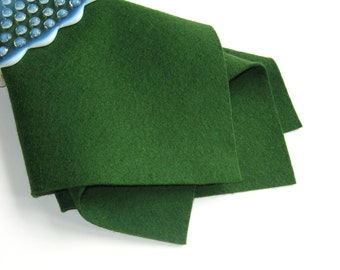 Forest Green Felt, 100% Wool, Choose Size, Dark Green Felt, Craft Sewing Supply, Waldorf Handwork, Wollfilz, DIY Felt Craft, Nonwoven Wool