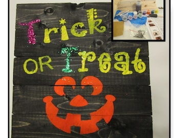 Halloween Craft Kit - DIY Board Sign - Trick or Treat