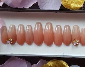 Fade to Grey- press on nails, fake nails, false nails, reusable nails, acrylic nails