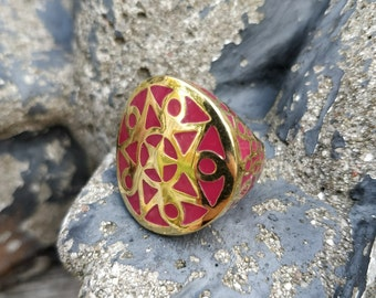 Vibrant Deep Coral/Red ring with gold plated finish