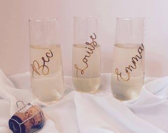 Set of 2 Stemless Champagne Flutes   Wedding Glasses   Bridal Party Glasses   Bridesmaids champagne glass   Engagement Flutes   Bride