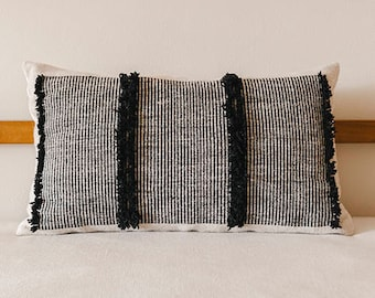 Serpentine handmade kilim cushion cover bohemian throw pillow white Black grey linen southwestern flatwoven 1.3x2.3 ft ethical sustainable