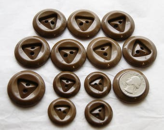 13 Brown Buttons , Dark Brown Matching Buttons, Sewing, Triangle center  (S 46)