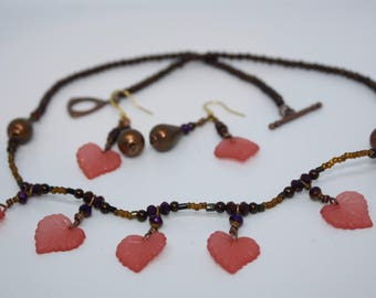 Pretty in pink leaves beaded necklace & earring set