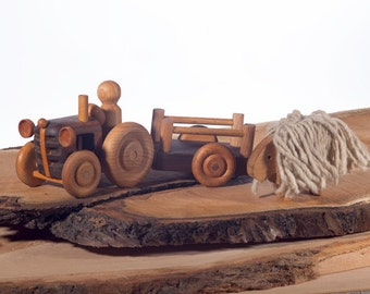 wooden SHEEPY TRACTOR