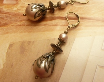 Antique Gold Pearl Earrings Cream Champagne Taupe Beige Gift Women Victorian Jewelry stores Old World Handmade Jewellery drop long dangle