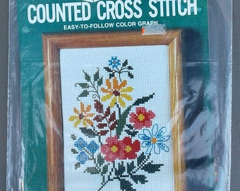M H Yarns Counted Cross Stitch Kit Sealed NIP CS15 Wild Flowers 5 x 7 c1984 NOS