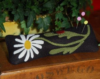 Primitive Daisy Ladybug Pincushion