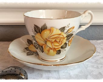 SALE**Vintage Royal Ascot Yellow Rose Tea Cup