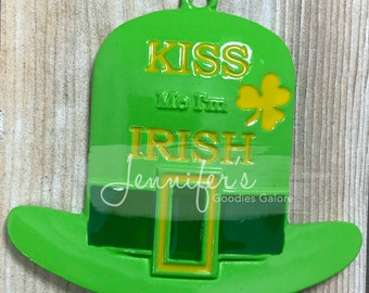 Kiss Me I'm Irish, Enamel Pendant, 50mm, Leprechaun Hat Pendant, St. Patrick's Day Pendant, Shamrock, Chunky Necklace, DIY Necklace