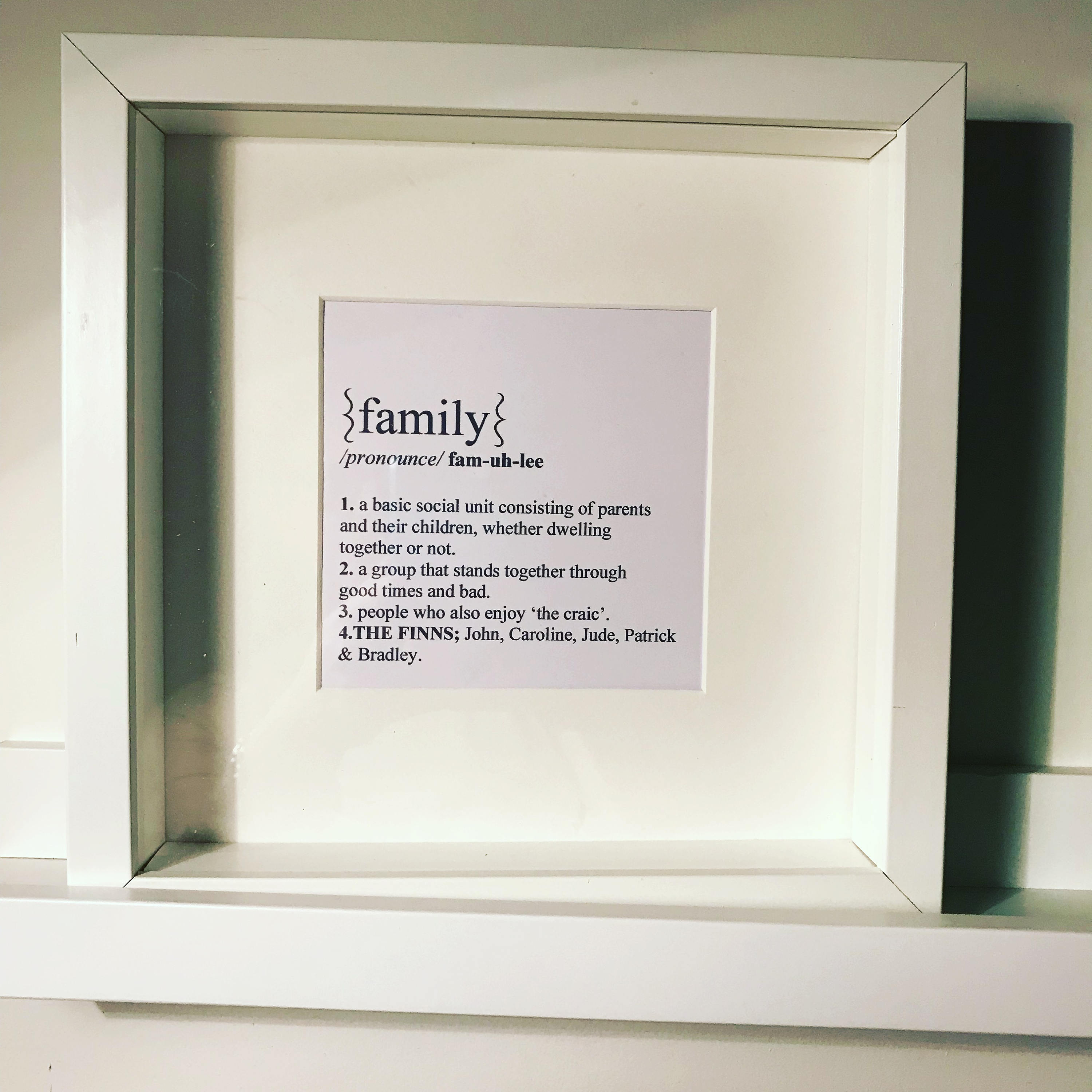 Box frame // family // dictionary definition// family