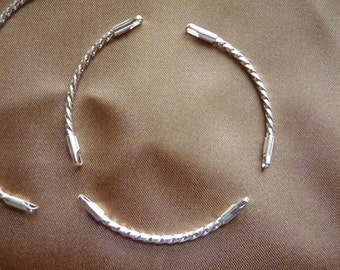 Link, Silver Plated, Brass, 38x8mm, Twisted Curve, Pack Of 4 links.
